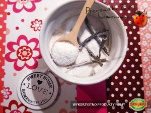 Domowy cukier waniliowy (cukier z prawdziwą wanilią)