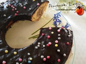 Ekspresowa babka dwukolorowa z polewą czekoladową (babka na każdą okazję)