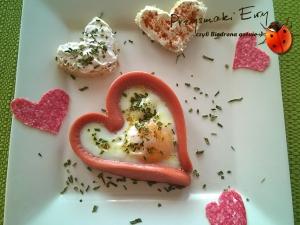 Jajko sadzone w parówce, czyli śniadanie od serca