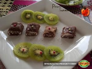 Naleśniki czekoladowe jak Czekolada z nadzieniem twarogowym i kiwi