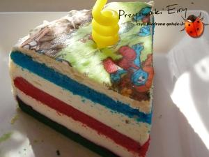 Tort tęczowy z masą śmietanową (tort urodzinowy)